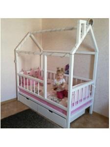Детская кроватка-домик Малыш-3