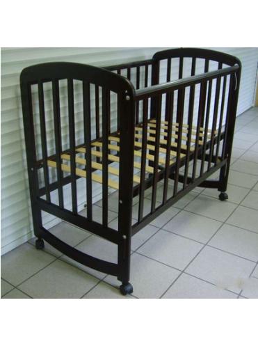 Детская деревянная кроватка Фея 304 (колесо-качалка, автостенка, накладки ПВХ)