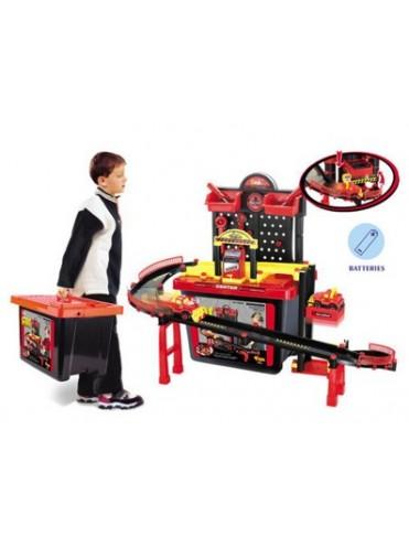 Игровой набор XIONG CHENG Техцентр с треком в чемодане 75008